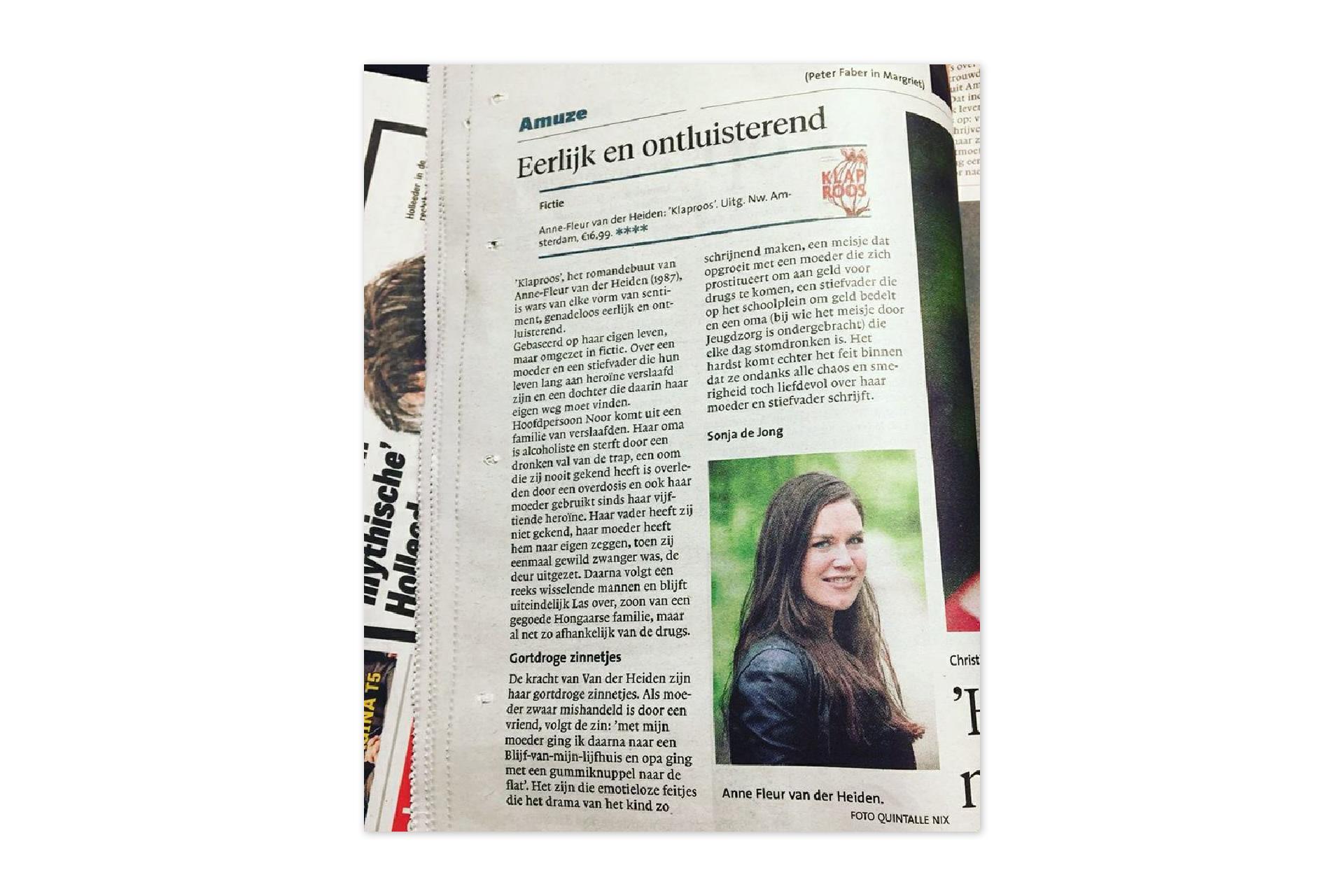 HDC Dagbladen - recensie - Klaproos roman- Anne-Fleur van der Heiden